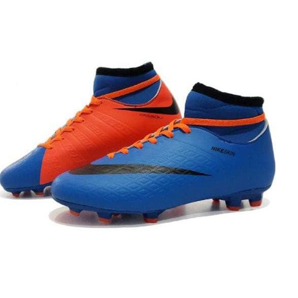 Jual Beli Produk Sepatu Sepak Bola - Sepatu Olahraga  f350eec6eb