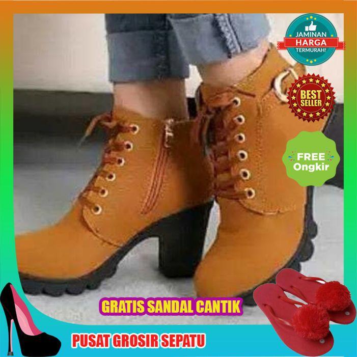 Sepatu Wedges Boots Cewek Casual  472b307ec2