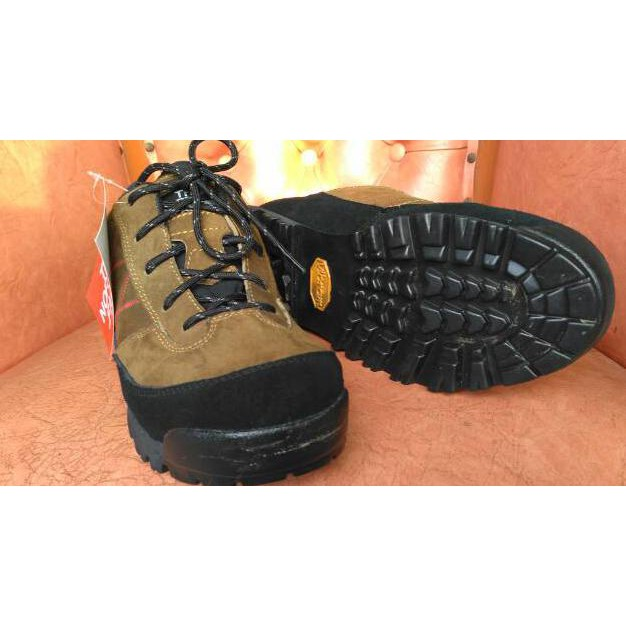 93d266924 Sepatu gunung treking TNF The north face vibram not jws eiger lafuma rei  consina