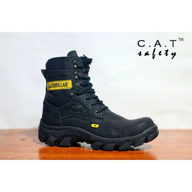 Sepatu Pria Original Circle Low Brodo Semi Boots Santai Dan Formal Hitam  be8470d743