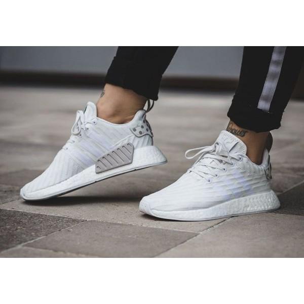 e362ea97ce14a Toko.Pria Sepatu Adidas NMD R2 Triple White Polka Premium Original  Sepatu