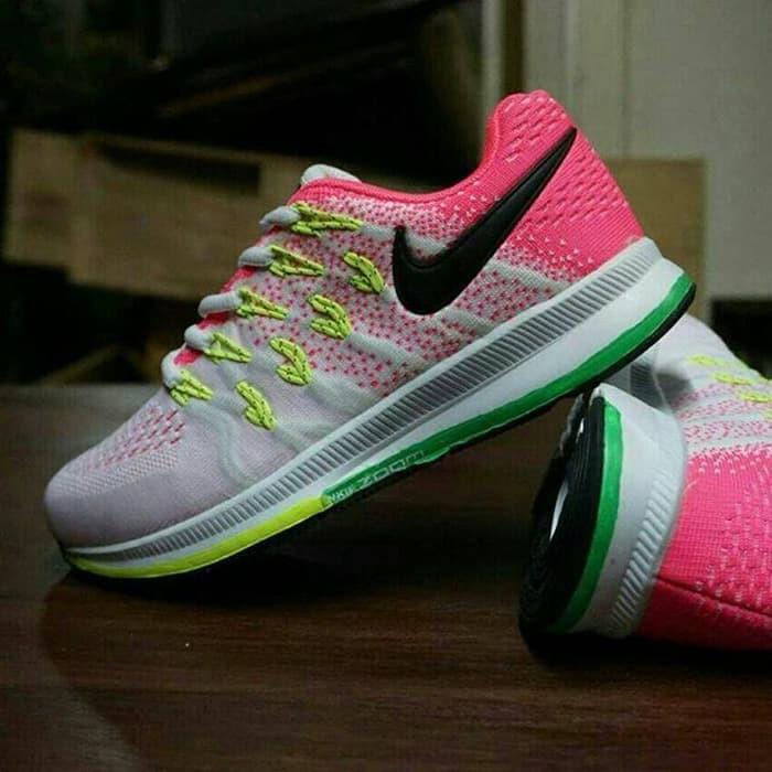 sepatu   Nike lunar middle   sepatu jalan jalan   sepatu lari   sepatu gym   72a6f2f2b7