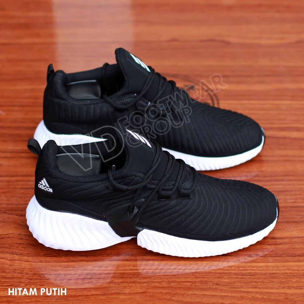 jual sepatu sneakers adidas chile 62 original