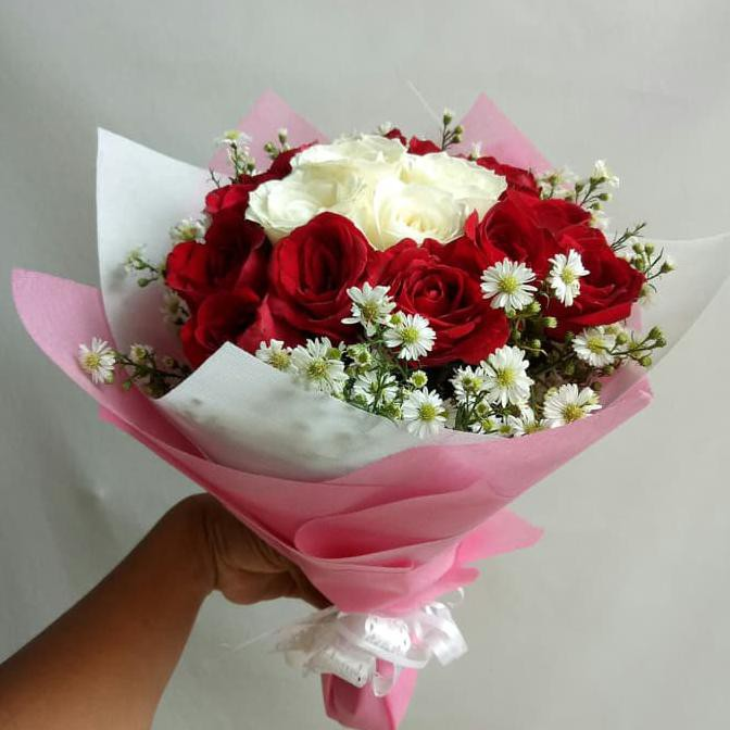 Buket bunga mawar asli hadiah anniversary bucket bunga kado
