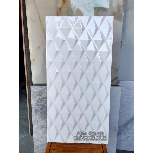 keramik roman 30x60 dvinson rombo