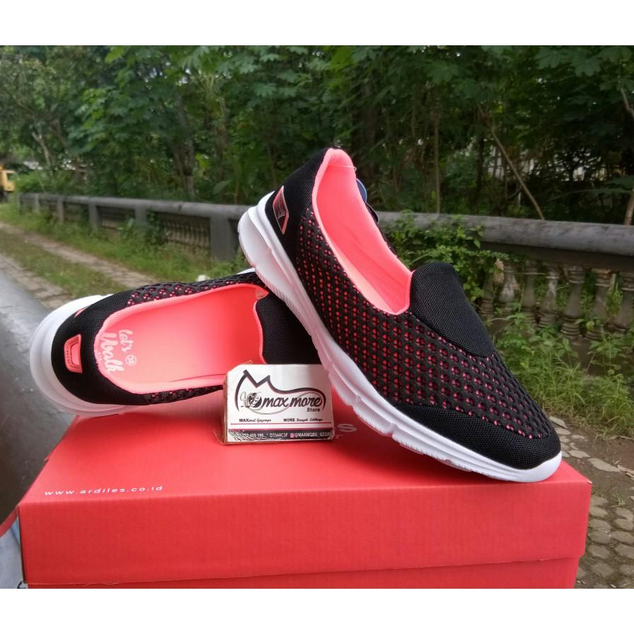 Sepatu Slip On Wanita Ardiles Mickelson Hitam Abu Murah Women Glamour Muda 40 Shopee Indonesia