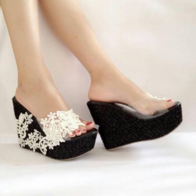 Sepatu Wanita Wedges HITAM KS21 Terbaru Sandal Pesta Slop Cewek Cantik  Simple Lucu Kekinian Murah  c4dc7eccbd