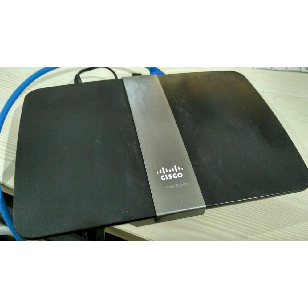Cisco Linksys E4200 Maximum Performance Dual-Band Wireless-N Router support DDWRT