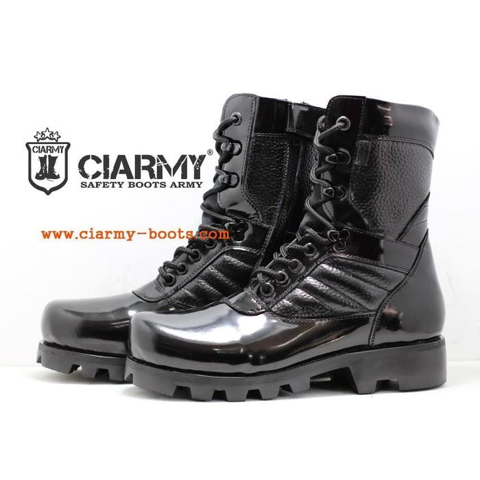 Dapatkan Harga Sepatu Pria Diskon  f52653408f