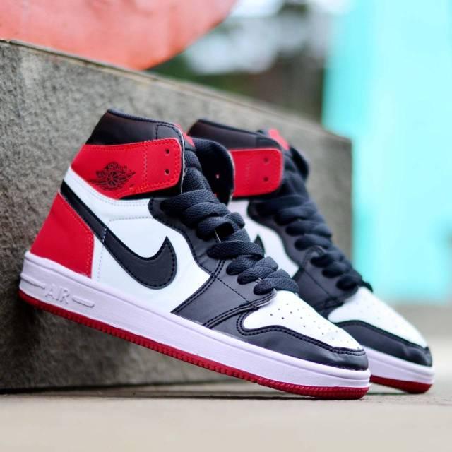 Harga Sepatu Sneaker Air Jordan