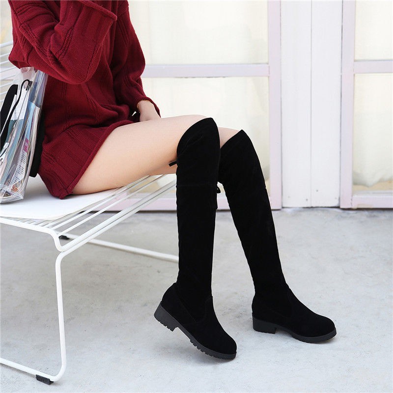 Sepatu Boots Selutut Wanita Bahan Velvet Elastis Gaya Korea