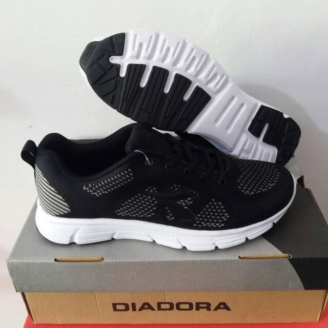 Sepatu running DIADORA GASTILLO men original 100%  d226e67ea0
