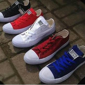 ( HOT SALE ) Sepatu Sekolah Kuliah Harian Converse All Star Polos Terbaru      451030273f