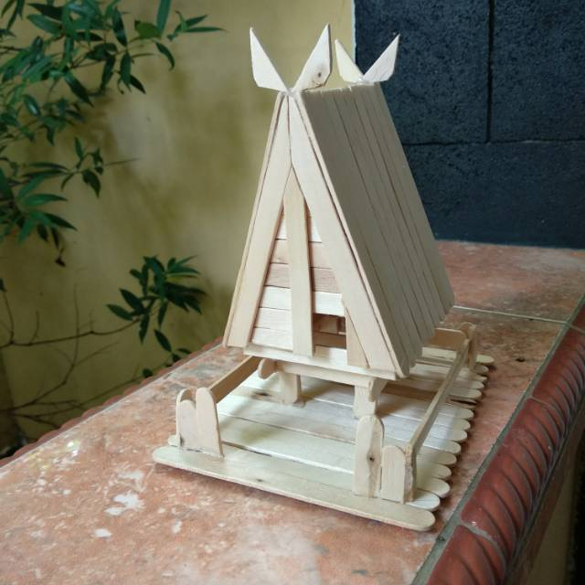 Prakarya Maket Miniatur Rumah Adat Tambi Sulawesi Tengah Stik Es