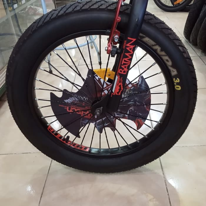 Promo Ban Luar Sepeda 20x3 0 Untuk Sepeda Bmx Ban Besar Original Kenda Tire Berkualitas Shopee Indonesia