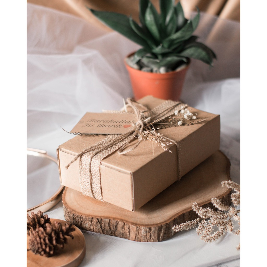 GROSIR] [PO] DIY Gift Packaging Kotak / Kado / Hadiah Rustic Aesthetic -  MEDIUM | Shopee Indonesia