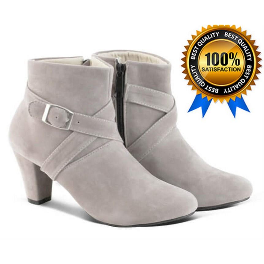 Sepatu Boots Wanita Tinggi Hak 5cm Hitam Abu BD03  b8e5757a7b