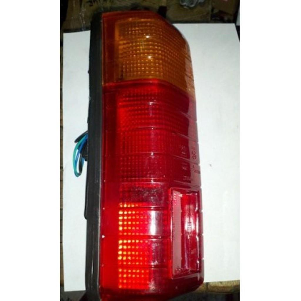 Spare Part Lampu Stop Stoplamp Mobil Daihatsu Zebra Espass Pick Up Bemper L 300 Crystal Kota L300 Kristal Sepasang 2pc Shopee Indonesia