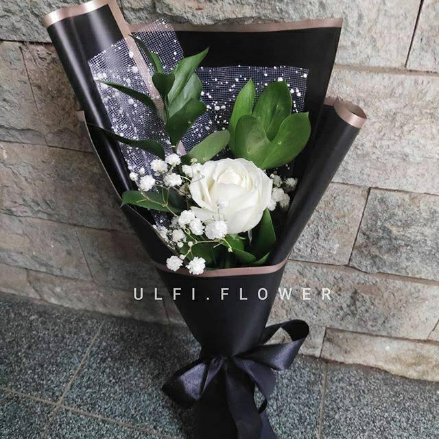 Single Bouquet, buket mawar single, bunga asli