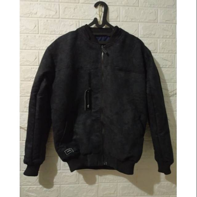 Jaket Bomber Helio Iwearzule bisa bolak balik size M L XL XXL original