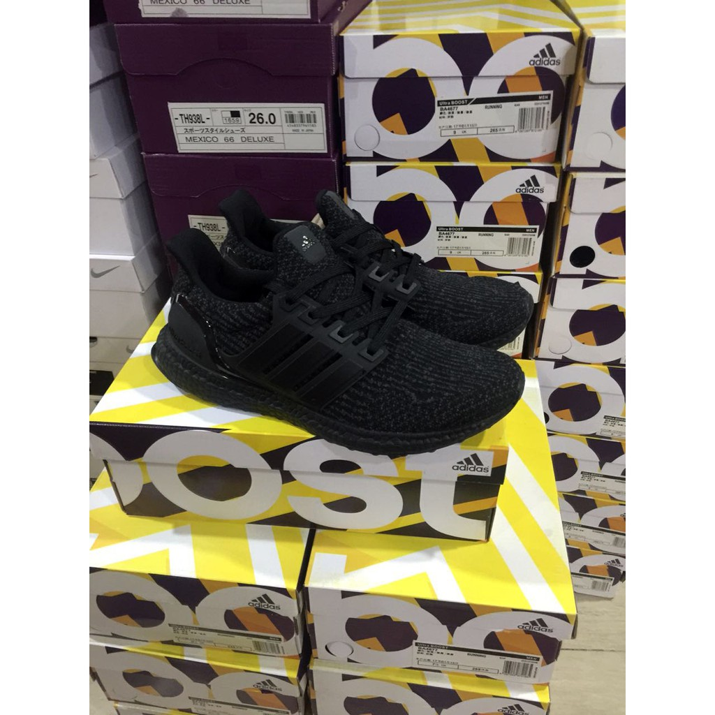 5537a39e3a387 Sepatu Sneakers Desain Adidas Ultra Boost Uncaged Warna Biru untuk Pria