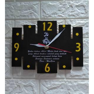 Jam dinding kayu custom nama tulisan kado hadiah souvenir ulang tahun  birthday anniversary valentine  dfeab53123