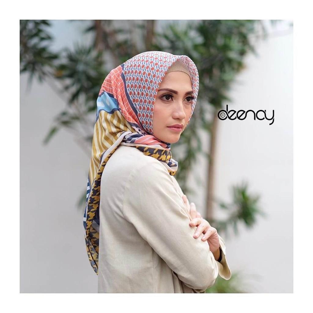Desain Baru Hijab Printing / Jilbab Segi Empat Deenay - AFIYA Makin  Berkualitas