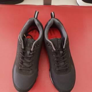 Sepatu Sekolah Hitam Polos Dewasa Anak Smp Sma Bata Fist Bertali