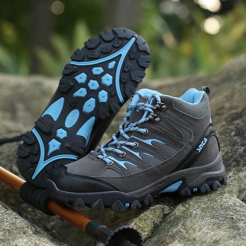 Sepatu Gunung Hiking Boot Outdoor SNTA 605 Women Series  af7dd7aec8
