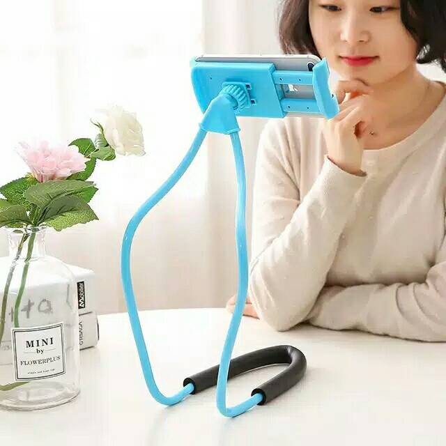 Holder leher Hp flexible / Lazypod Leher / Lazy hanging neck cell phone stand mount necklace | Shopee Indonesia