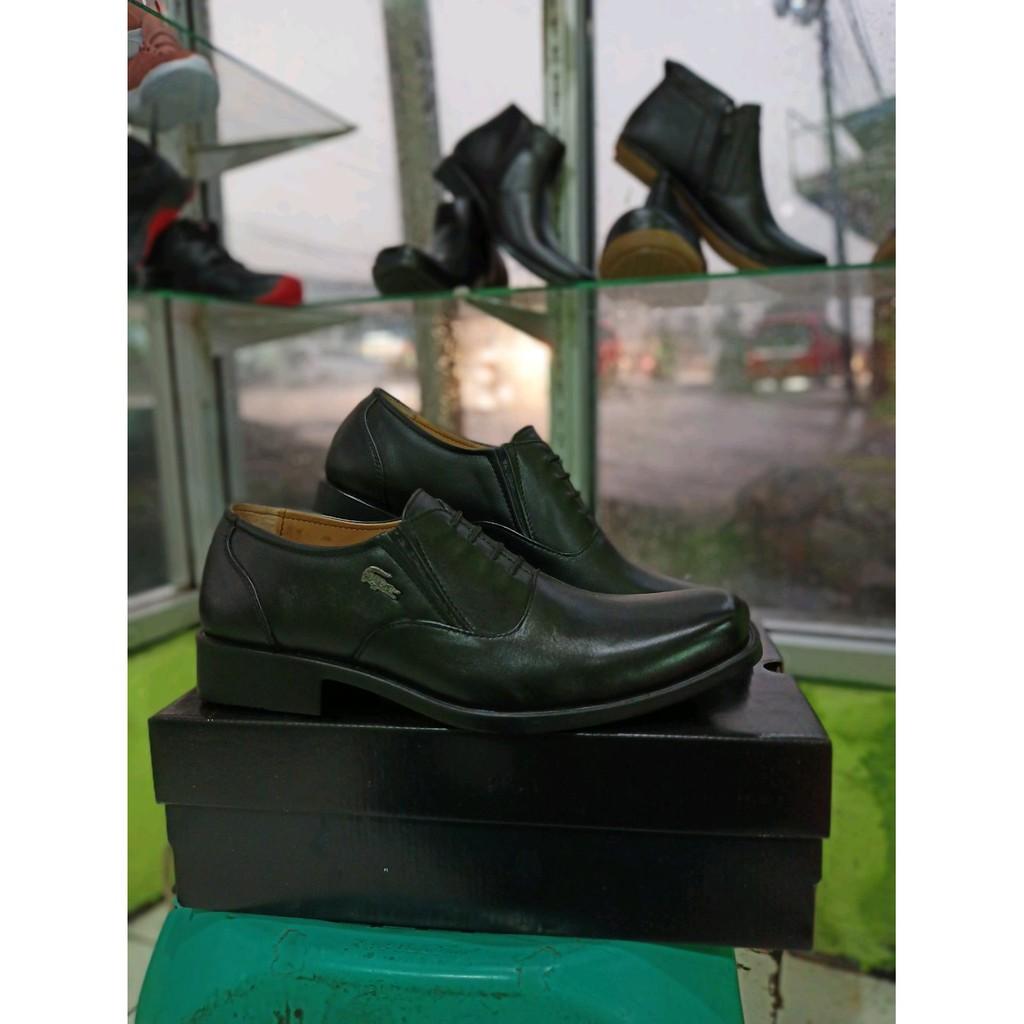 Sale  READY  Sepatu Pantofel Lacoste Limited discount - only 164.755Rp 65e4d8d2e3