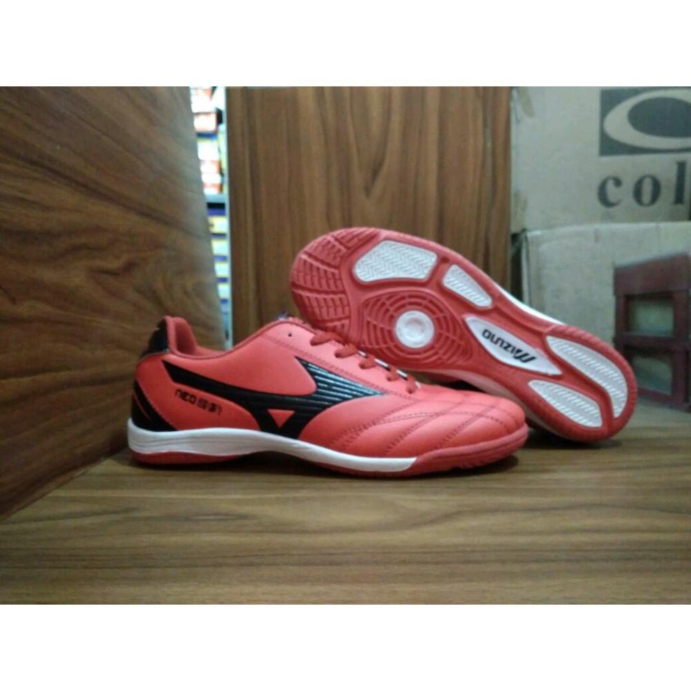 Sepatu Adidas Futsal Anak Cowok Keren Sport Bola Olahraga Murah Terjangkau  Premium  f1667d5dee