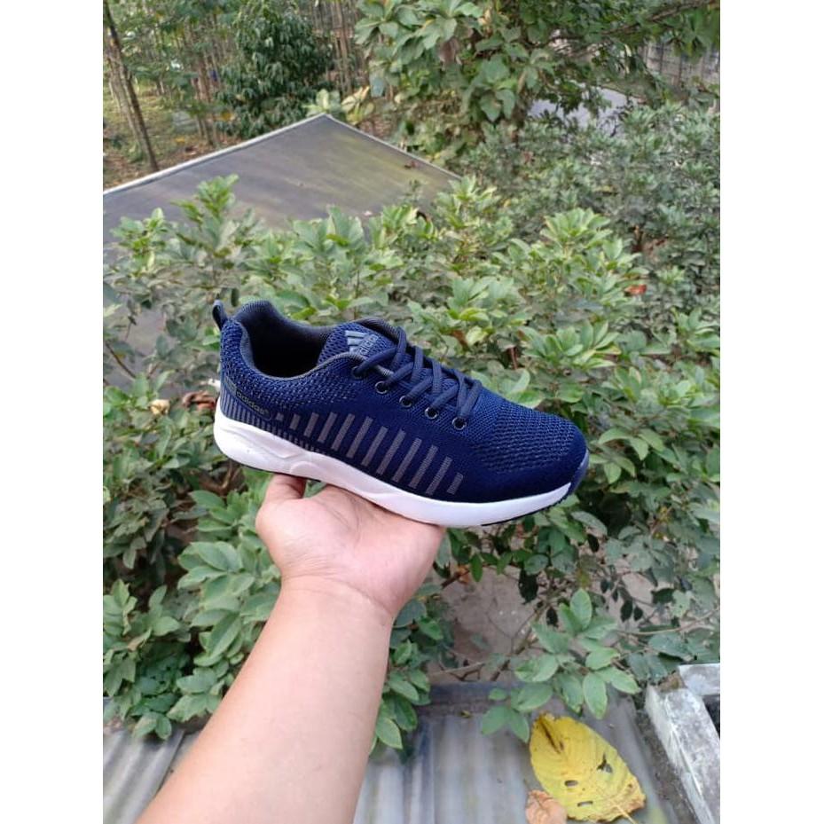0657cd9c09c7a Jual Adidas Import Made In Vietnam   Sepatu Pria Dan Wanita Murah ...