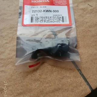 dafef7f92  LARIS  KARET RUMAH ROLLER SLIDER PIECE SLIDE VARIO 125 VARIO 150 PCX ORI  Limited