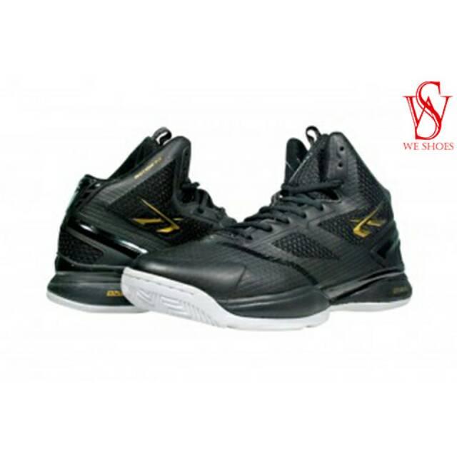 Sepatu Basket Pria Wanita Spotec .