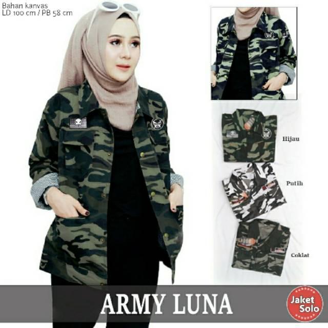 Jaket Canvas Wanita Army Luna BY JAKET SOLO  cf4b1d3b7e