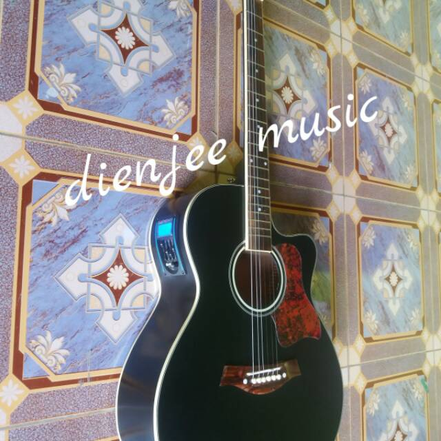 Gitar Taylor Akustik Elektrik Tuner Digital