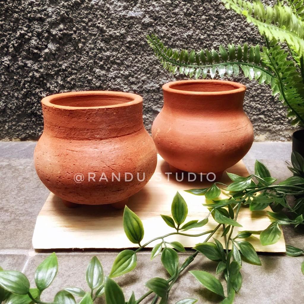 Fahira Pot Gerabah Terakota Tanah Liat Vas Bunga Pot Tanaman Hias Artificial Dekorasi Taman Shopee Indonesia