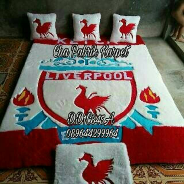 Karpet set bantal kaki bulu rasfur surpet kasur karpet karakter bola MU manchester united | Shopee Indonesia