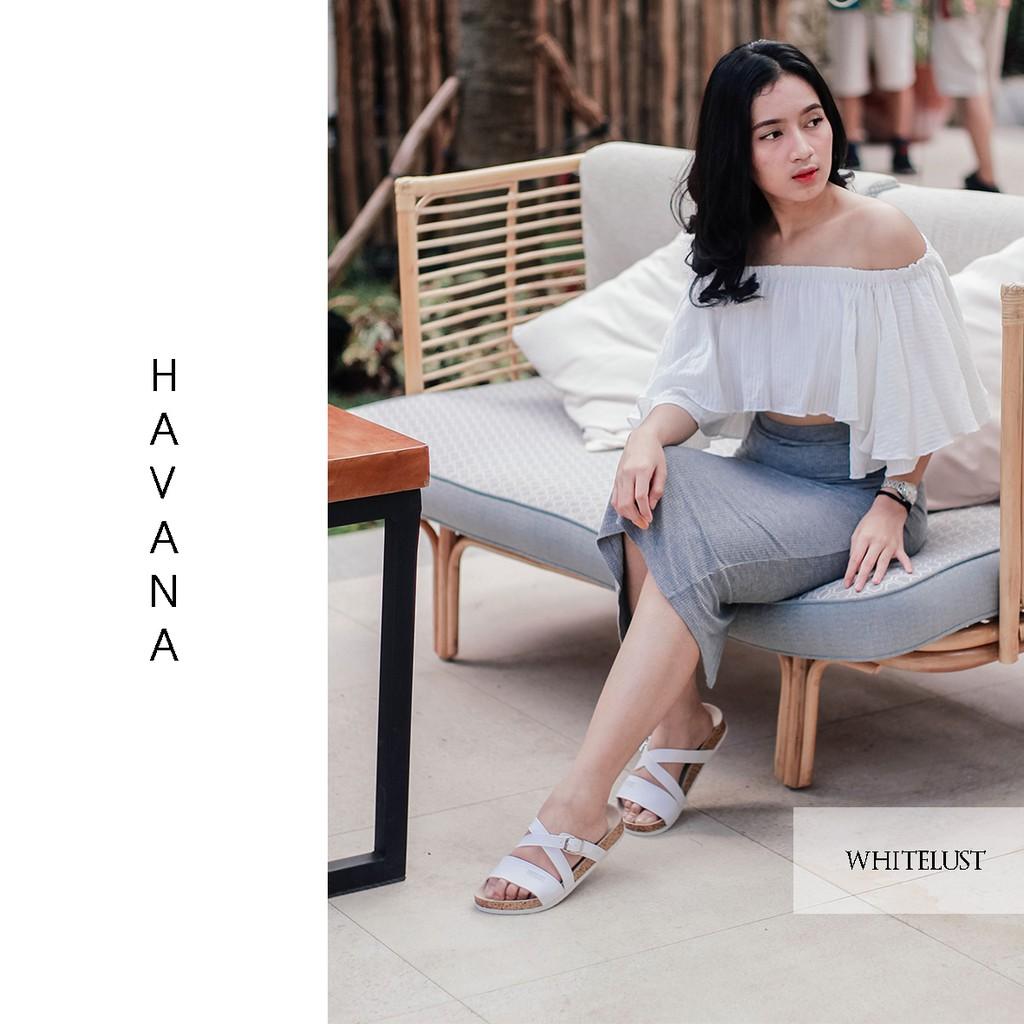 Whitelust Womens Sandal Two Tone Medusa Shopee Indonesia Arcana Putih 40