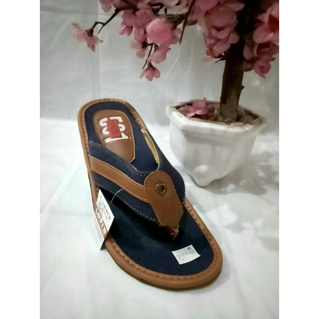Dapatkan Harga Sepatu Jeans Pria Sendal Diskon Shopee Indonesia Dr Kevin Men Sandals 97206 White Putih 40