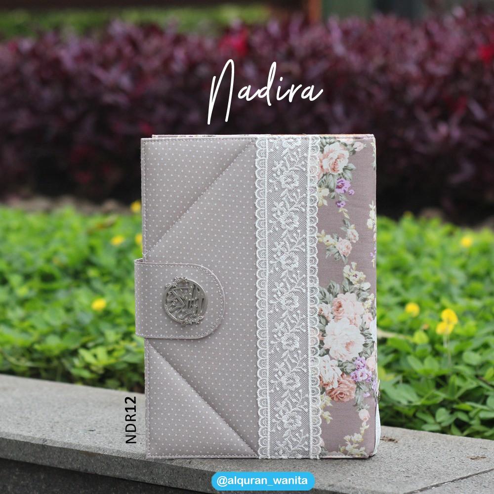 Al Quran Cantik Rainbow Terjemahan Shafana Maron Bonus Buku Saku Alquran Madina Zhafira Premium Zfr 64 Matsurat Shopee Indonesia