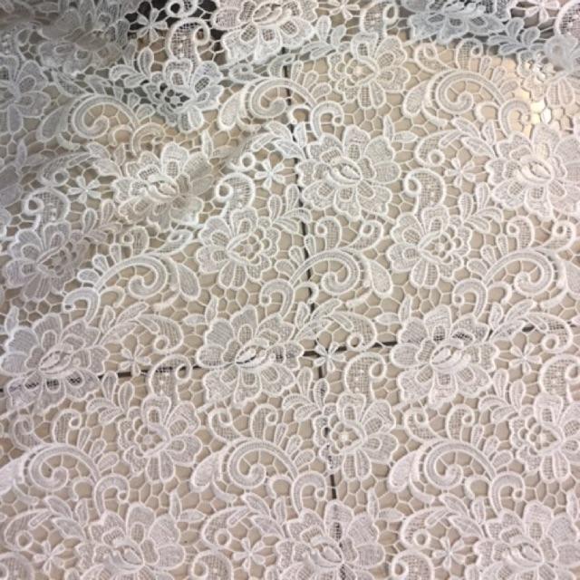 Bahan kain brokat prada lebar bahan 140m  harga permeter bf0e751cea