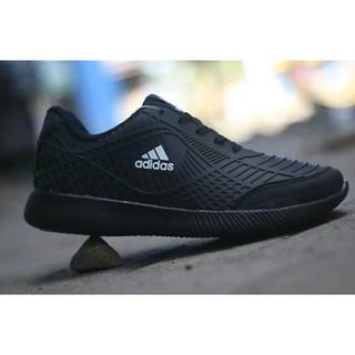 210a55e043d15 Good Product Sepatu Adidas Run Full Black Sepatu Sekolah Hitam Anak Sepatu  Kerja - Hitam