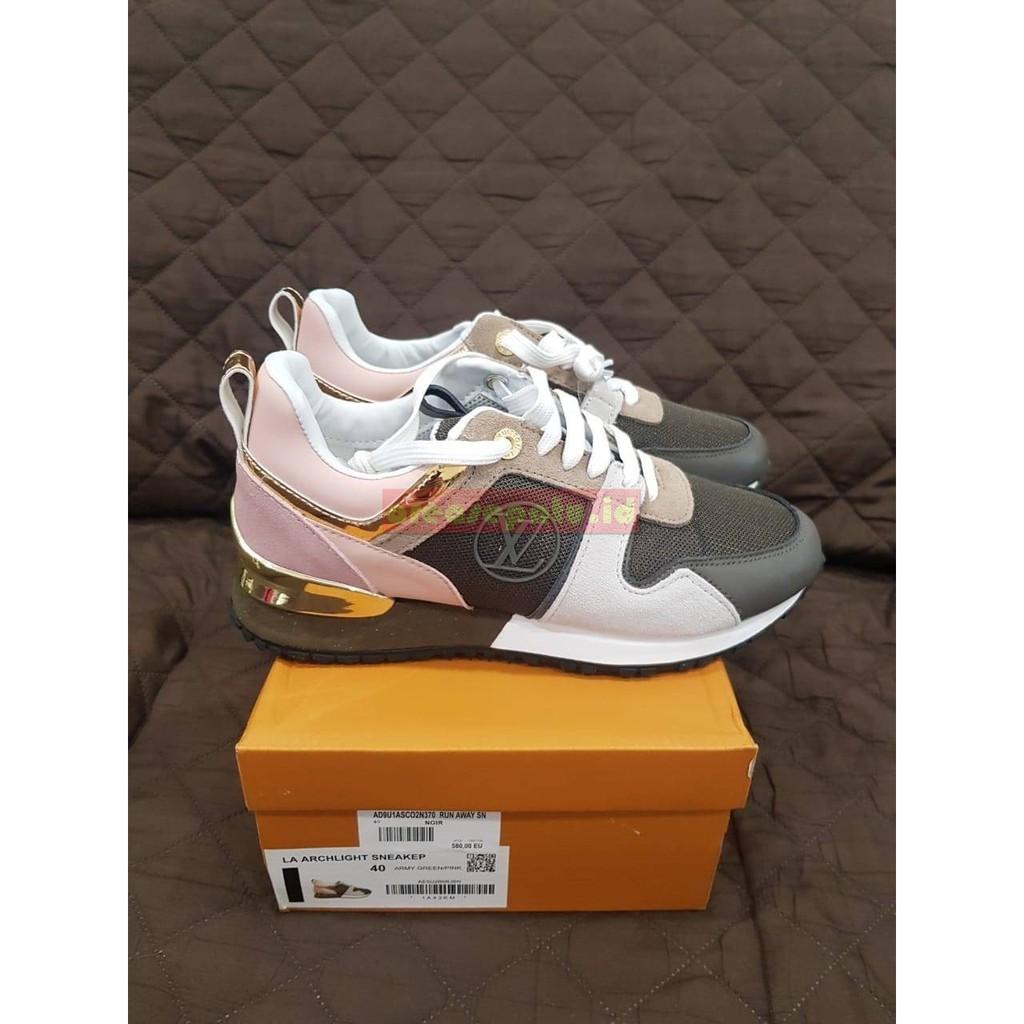 f4b5c05759c Sepatu Louis Vuitton Run Away Sneakers Khaki Wanita Premium Original