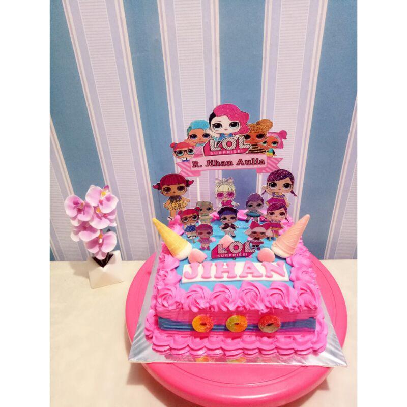 kue ulang tahun LOL