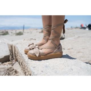 Sandal Wanita - Rihanna x Puma Fenty Bow Creeper Sandal Natural - PRM dcecbac95b