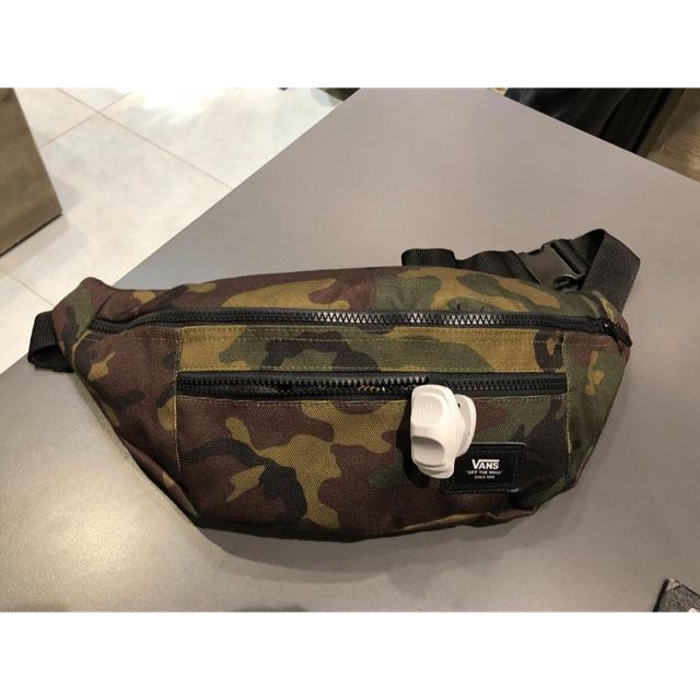 8172ccc11b2 Vans Checkerboard Waist bag | Shopee Indonesia