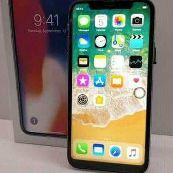 barang 100% original Apple iPhone X 4G LTE 32GB Full U Screen HDC Platinum Bergaransi