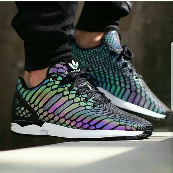 Sepatu Sneakers Desain Adidas Zxflux Zeno Glow In The Dark